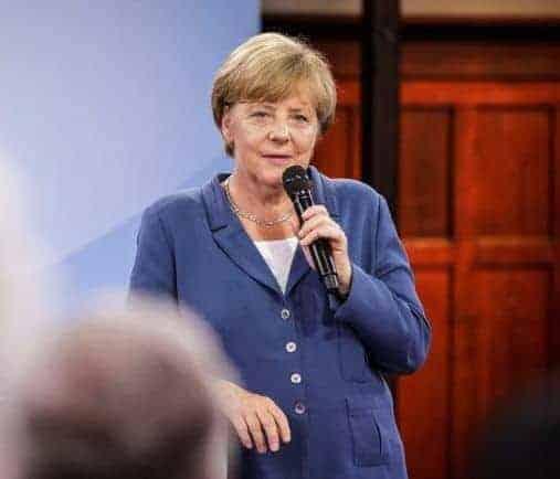 Wijst mutti Merkel ons de weg?