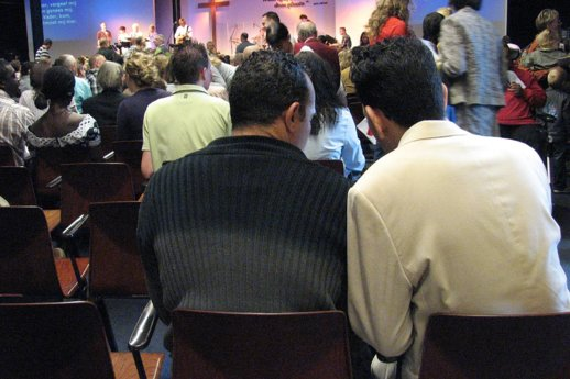 Kerkdienst-meertalig